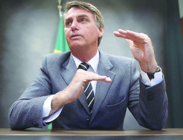 Bolsonaro registra candidatura com patrimônio de R$ 2,2 milhões https://t.co/51HvmOk0yR