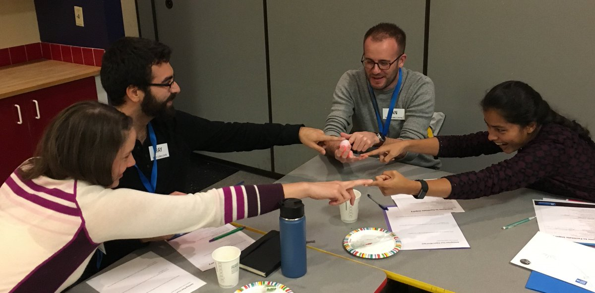 """Apply to be one of our Fall 2018 @PacSci #SciComm Fellows by 8/28! One Fellow said of our program: """"It has increased my confidence in talking about my science to non-scientists."""" Another said: """"This course was outstanding!""""  http:// bit.ly/2KeHTBp  &nbsp;   #sciengage<br>http://pic.twitter.com/3qDDfce0Hm"""