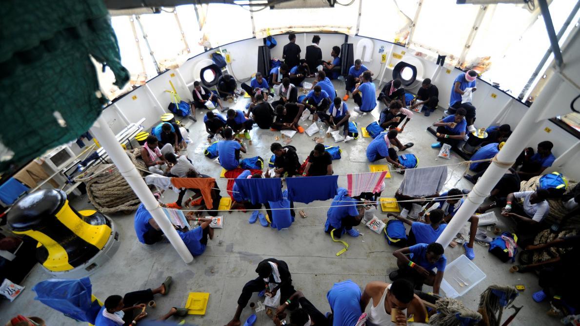 #Aquarius Après l'Espagne, la #France va accueillir 60 migrants débarqués à Malte https://t.co/r2luaZQhEY