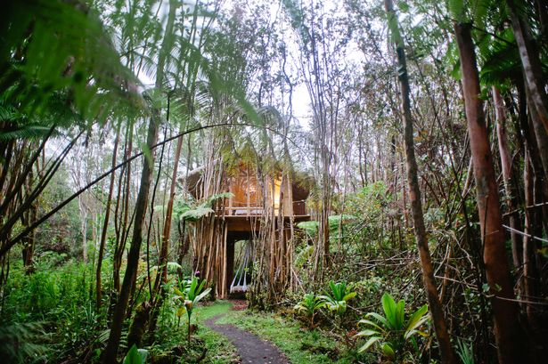 10 seriously dreamy Airbnb properties that will give you wanderlust - and some are under £50 a night  https://www. mirror.co.uk/travel/news/ai rbnbs-most-wishlisted-properties-revealed-13077150 &nbsp; … <br>http://pic.twitter.com/bE1zBmcmky