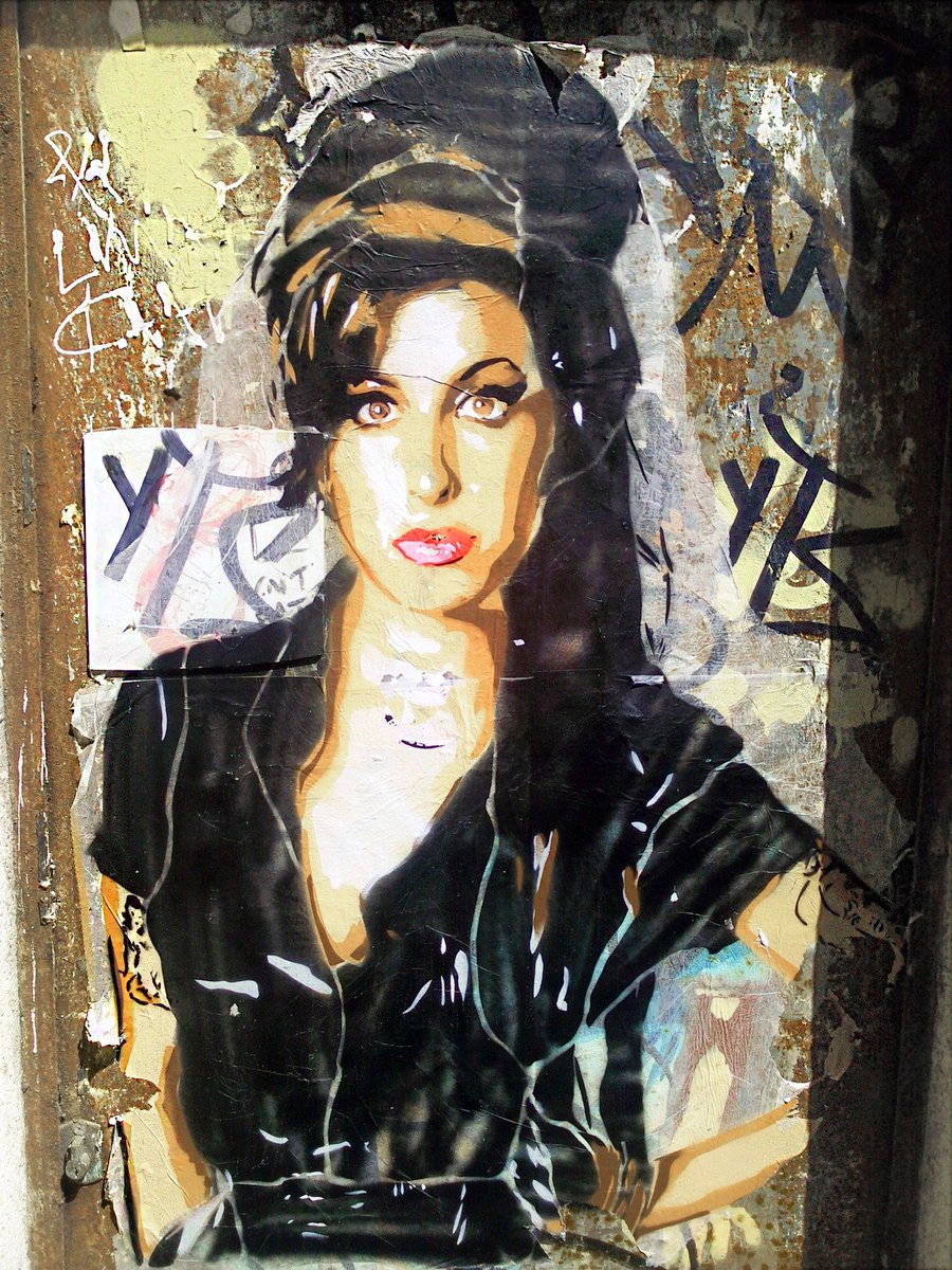 #art #streetart #mural By Btoy in Barcelona, Spain #AmyWinehouse<br>http://pic.twitter.com/Dj1CHlaMB9