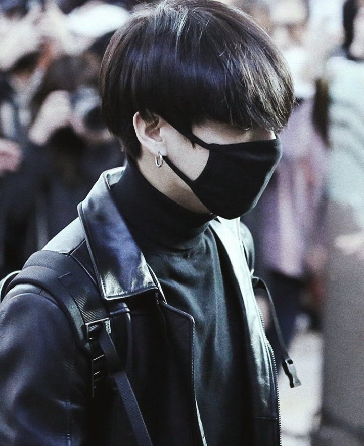 jungkook in leather jackets; a concept<br>http://pic.twitter.com/K62QTkWIBj