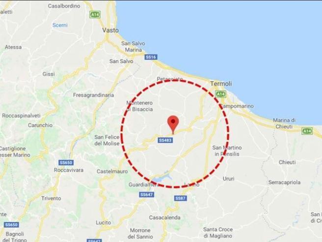 Forte scossa di terremoto in Molise.  Prima valutazione: magnitudo 4.9 https://t.co/vSuDSPI7eB
