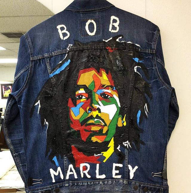 She loves to model up in the latest fashion. #PimpersParadise 👕🎨 by Ramon Jacobs (Charlotte, NC) #bobmarleyart
