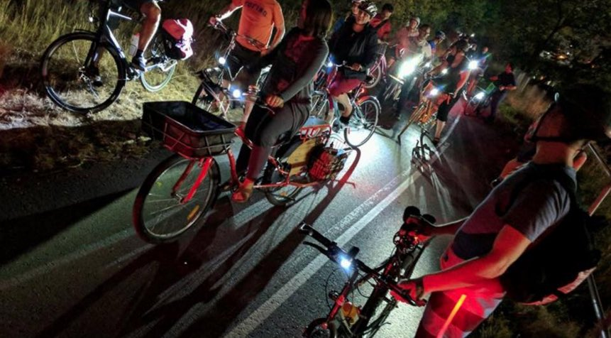 Hey #yycbike peeps - next Full Moon Bike Ride is August 24th! Join the best bike party in #YYC. Details on @Cyclepalooza calendar. #fullmoonride #groupride #fullmoon #bikeparty #yycevents #community<br>http://pic.twitter.com/Mcc6IAIHLD