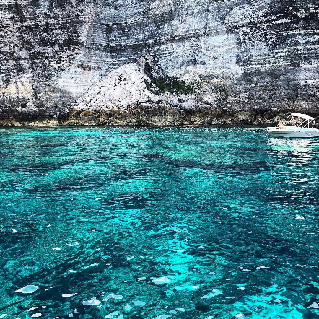 Muro Vecchio !!!  #LampedusaPhoto by andrea1897j on Instagram#lampedusaisland  https:// www.lampedusapelagie.it  - Ukustom
