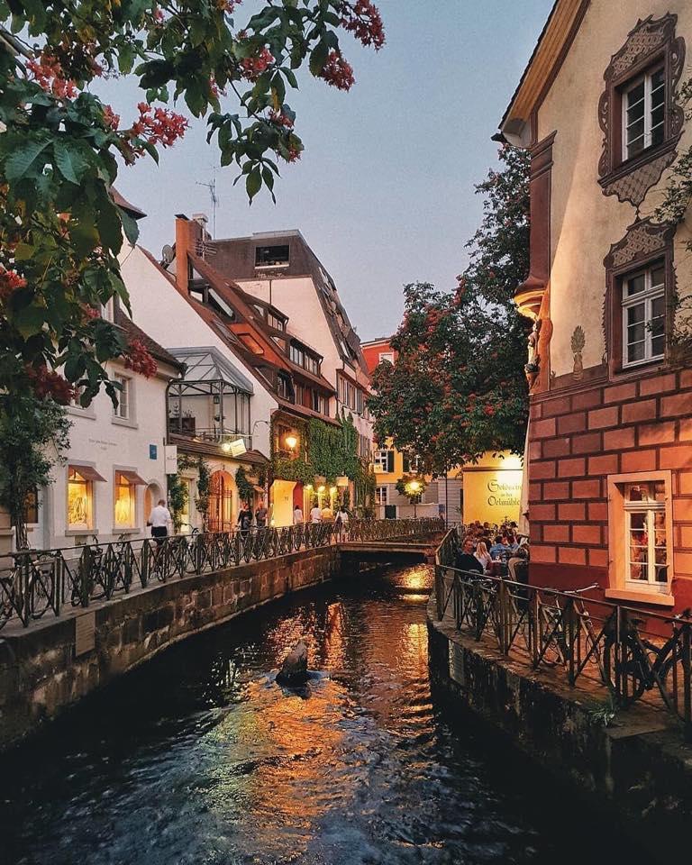 La romantica città di Friburgo in Germania  By: Elham Hoxhalli#optatravel #germania #friburgo #Freiburg #city #viaggi #turismo #travelblog #travelblogger  - Ukustom