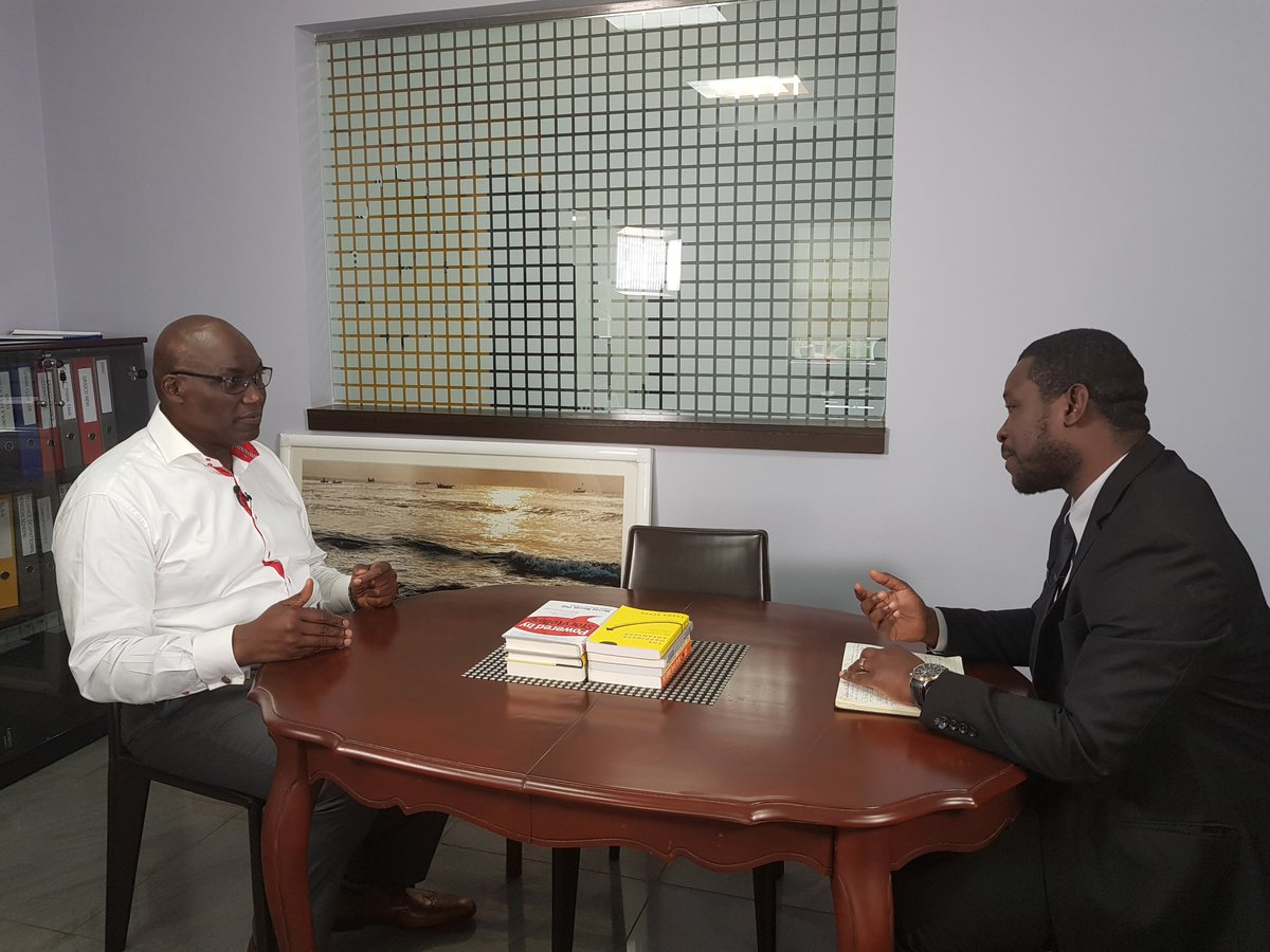 Ken Thompson, CEO of Dalex Finance is across the chair from me at 9pm on @#FacetoFace on @CitiTVGH .Discuss the banking scandal and the economy <br>http://pic.twitter.com/XXJKeFJjri