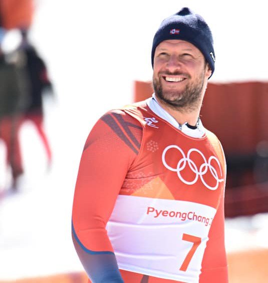 The great @akselsvindal was the first Norwegian to win Olympic Gold in the #Downhill  #Legend #PyeongChang2018 #fisalpine<br>http://pic.twitter.com/jCONlPIevX