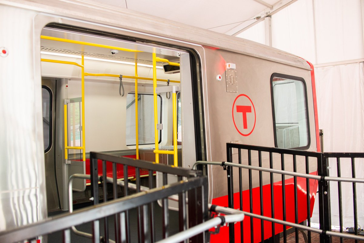 Today, we got our first look at a 2/3-length mock-up of the new #RedLine cars that will be assembled at the @CRRCMACorp factory in Springfield to be publicly displayed on City Hall Plaza through Thursday. #MBTA<br>http://pic.twitter.com/hiXwCoyGNb