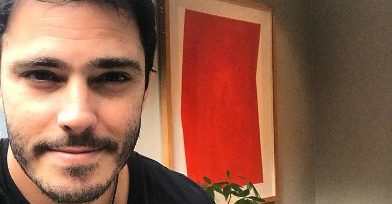 Thiago Rodrigues revela motivo de ter ido fazer novelas em Portugal. Confira! https://t.co/FUvkrgTsaq