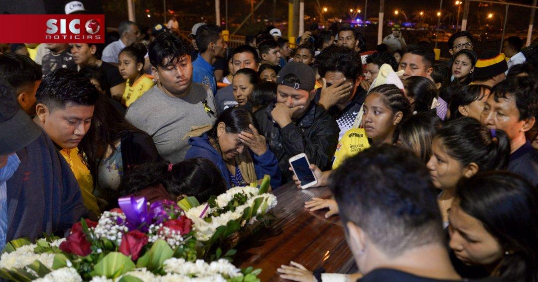 Vários adeptos de clube equatoriano morreram em acidente de autocarro no domingo... https://t.co/HbyLKVeV2y
