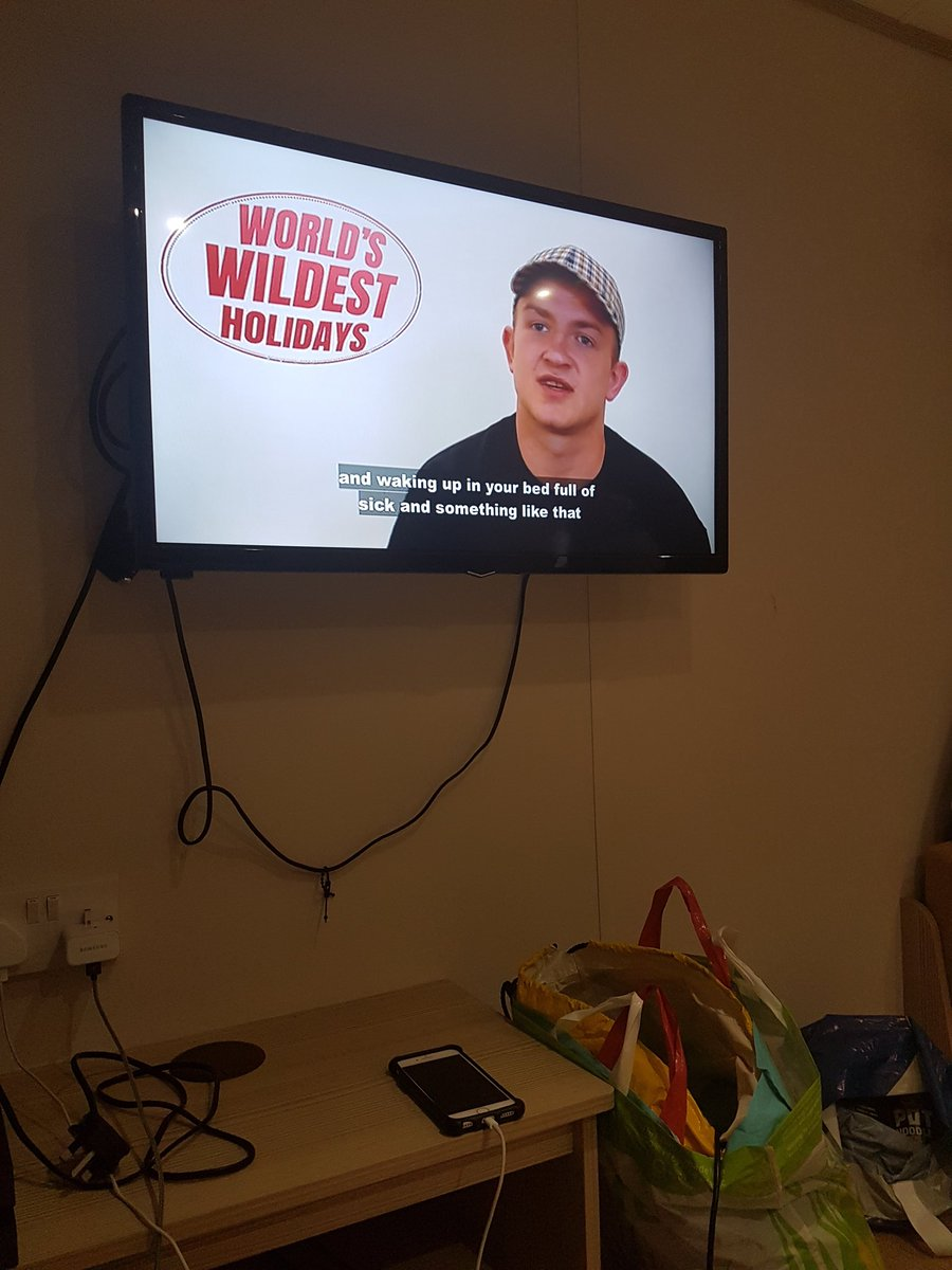 Maw am on tele..... dain a bit of wrestling with @InsaneChampWres and talking about my amsterdam escapade that the @ladbible covered !!<br>http://pic.twitter.com/ct3g7qcHFj