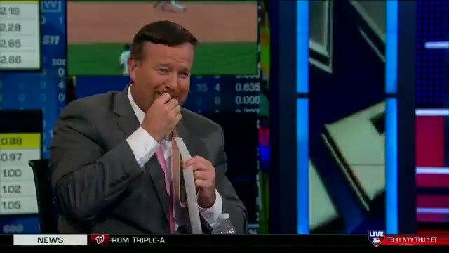 Now we know why @TheMayorsOffice always has so much energy! ������ #MLBTonight https://t.co/U3xHTtsKFF