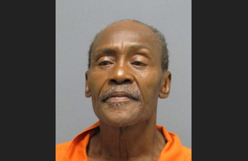 After calling 911 to report roommate's death, 68-year-old Va. man charged with murder @PWCPoliceDehttps://t.co/GSz3oCgI9tpt
