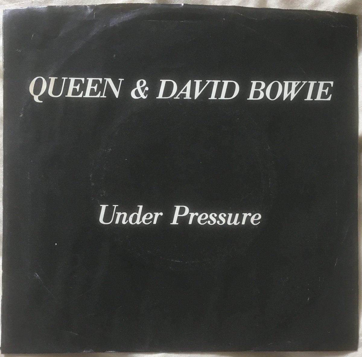 """227/ """"Under Pressure"""": USA 7"""" single on standard Elektra label. Not massively rare but I do like the slight sleeve variation to the UK release as it has an advert for the Greatest Hits album on the back. #Queen #FreddieMercury #BrianMay #JohnDeacon #RogerTaylor #DavidBowie<br>http://pic.twitter.com/KnquDTPJiW"""