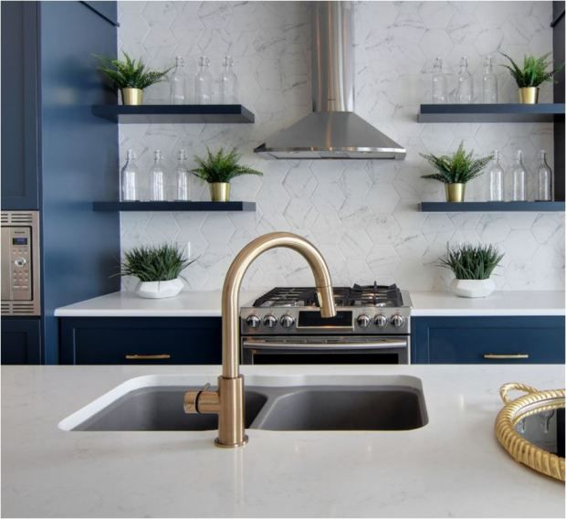 Forever Classic: Blue Kitchen Cabinets  https:// buff.ly/2nDVqde  &nbsp;    #realestate #newhome #househunting #home #curbappeal #wanttomove #homesweethome #homeforsale #realtor #interiordesign #homedecor #diy #love #family #garden #local #community #texas #moving #dreamhome #goinghome <br>http://pic.twitter.com/oPF521WeDP