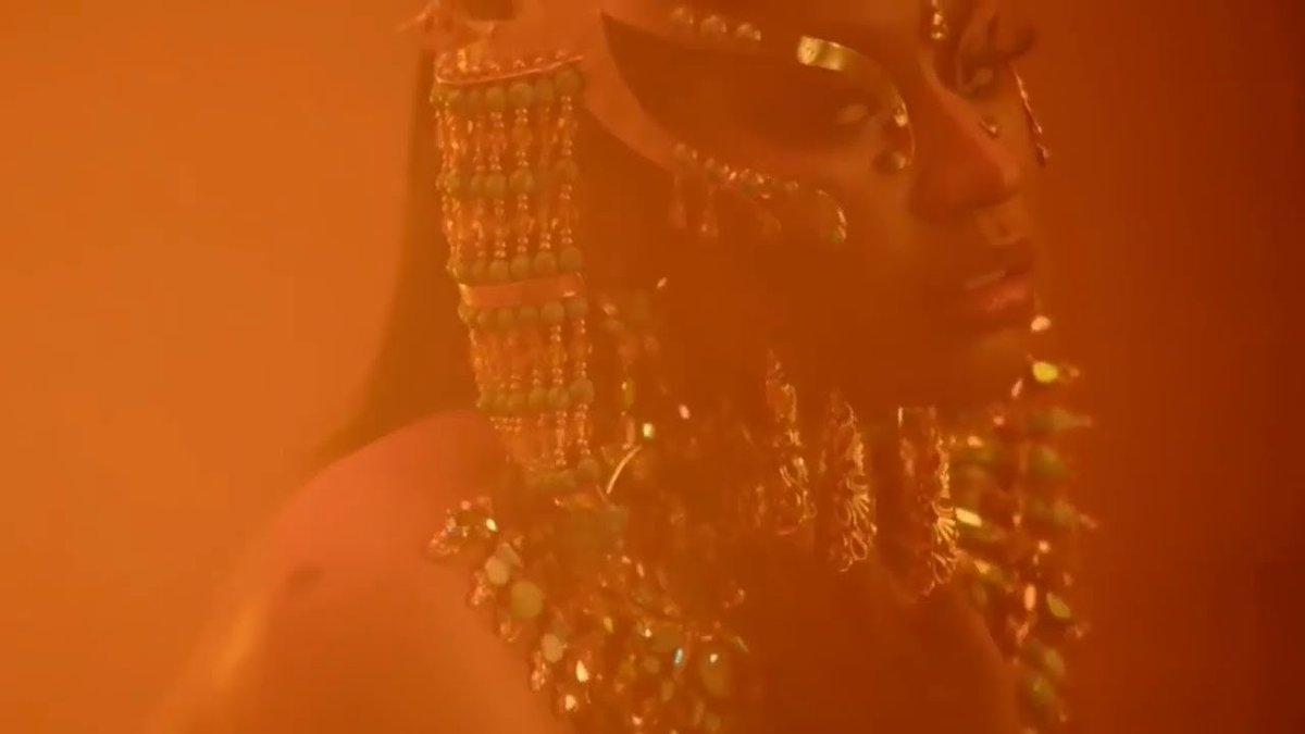 [WATCH] Nicki Minaj releases tantric new video for 'Ganja Burn'. https://t.co/8v2S9bgJa3