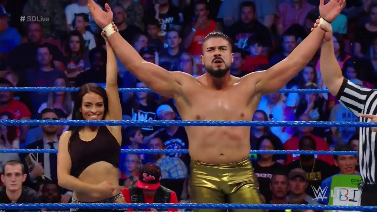 AndradeCienWWE photo