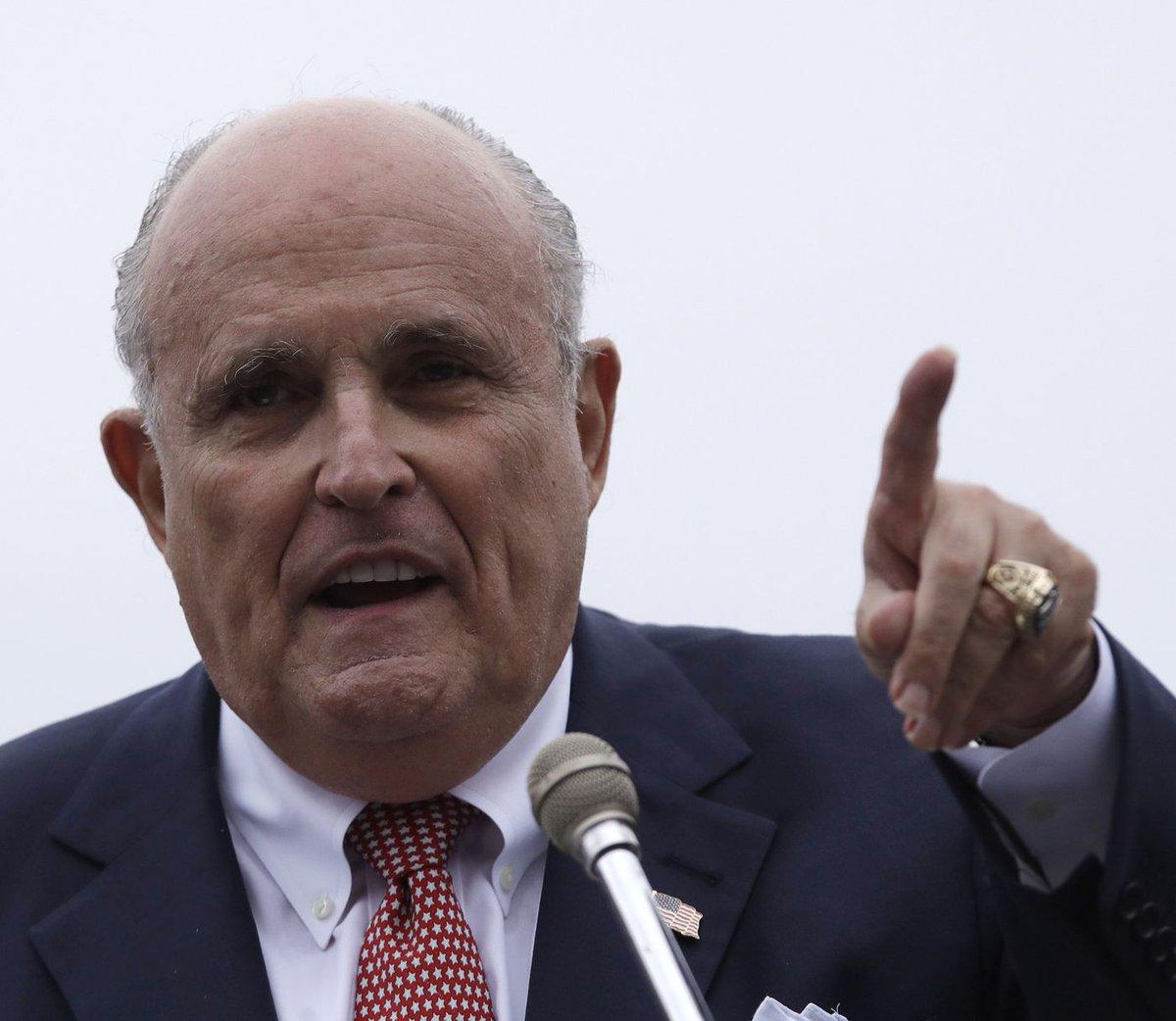 Rudy Giuliani blasts Omarosa, warns Robert Mueller against making Russia probe a 'bigger joke' by having her testify https://t.co/GaYJxf7KBX