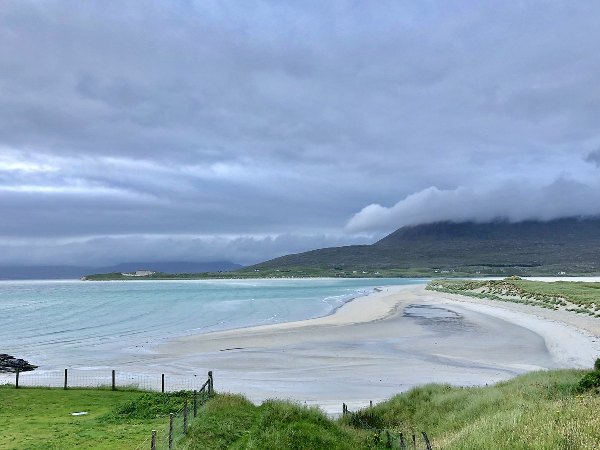 Good morning Scotland! From the Caribbean looking but winter breezy beaches of Lewis and Harris islands.  #roadtrip @VisitScotland #travel <br>http://pic.twitter.com/BYmCIKvpIR