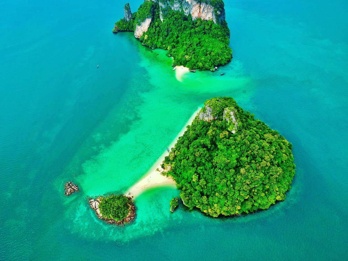 #LivingonvacayWhen you find the most secluded beachLocation Koh Yao Noi,Thailand#Thailand #travel #adventure #traveltips #dji #djidrones #DJIThailand #vacation #island #beach #blue #ocean #diving #scuba #djiforum #djispark #djing #fun #holiday #andamansea #krabi<br>http://pic.twitter.com/av7VPDVAYp