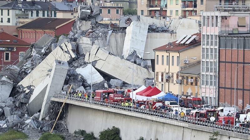 Italy mourns bridge collapse victims amid calls for investigation, l\