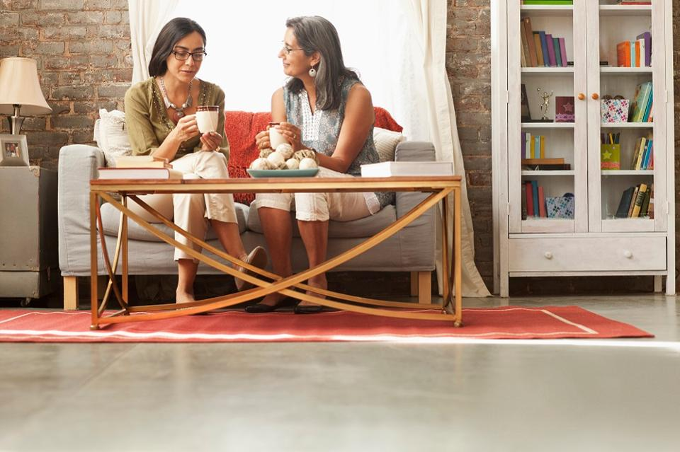 How to talk with parents or grandparents about their finances https://t.co/npUIwaJdnF #paid @CapitalOne https://t.co/lNfKoNauQs