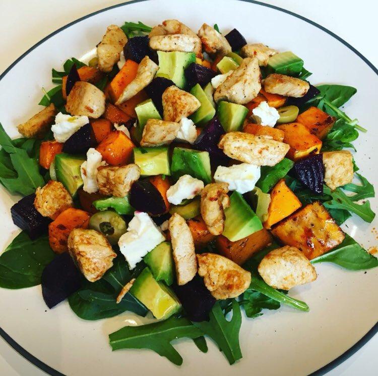 #Lunch - chicken, roasted butternut squash, salad 🍴 https://t.co/y65WheRrBz