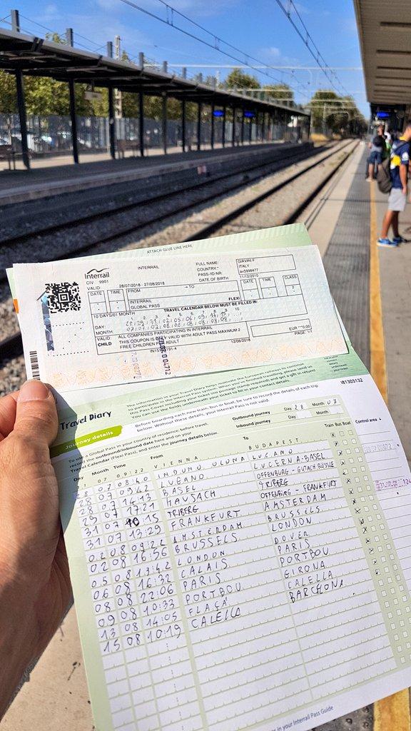 ultimo treno del nostro #interrail che per gioco è diventato anche #InterrailRecycling. Ma più che altro, con i bimbi abbiamo visto che l\