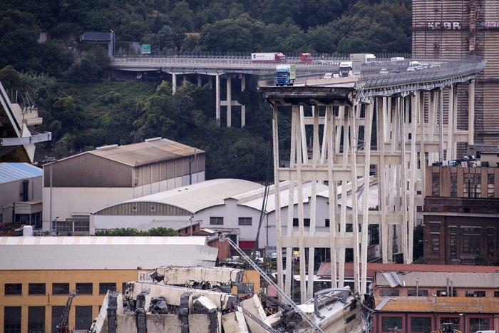 #UltimOra #Genova Crollo del #PonteMorandi #Genovaponte Sottosegretario Infrastrutture, Edoardo Rixi: verrà istituita una Commissione d\