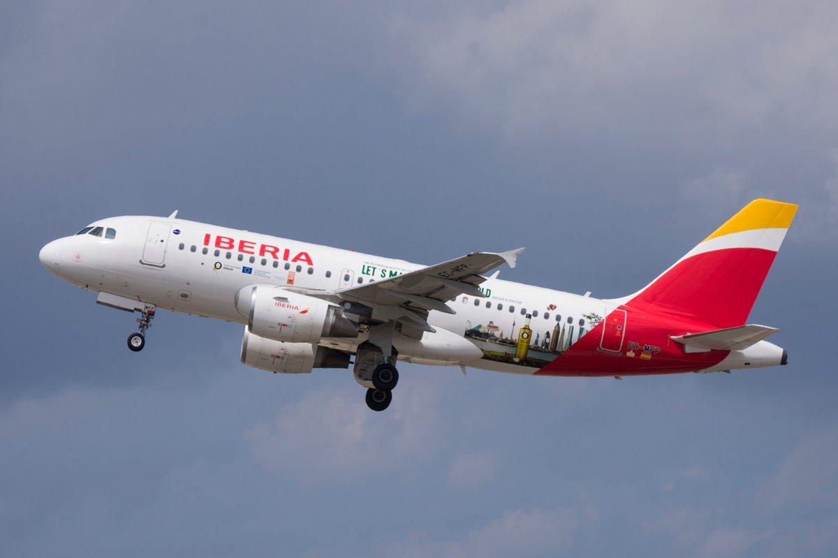 . @Airbus A319-111 @Iberia Let&#39;s Make a Tastier World @spottersbcnprat @DXelprat @baselunarbeta @oscarmartinezco @SpottersLESO @De_aviacion @spotterAsturias @SpoAnd @VLCspotters @Aero_BCN @VadeAviones @uk_spotter @Asoc_CIS @hydra_66 @jmanatol @airplusnews @maikabcn #Badalona<br>http://pic.twitter.com/Cfa9oj8r5E