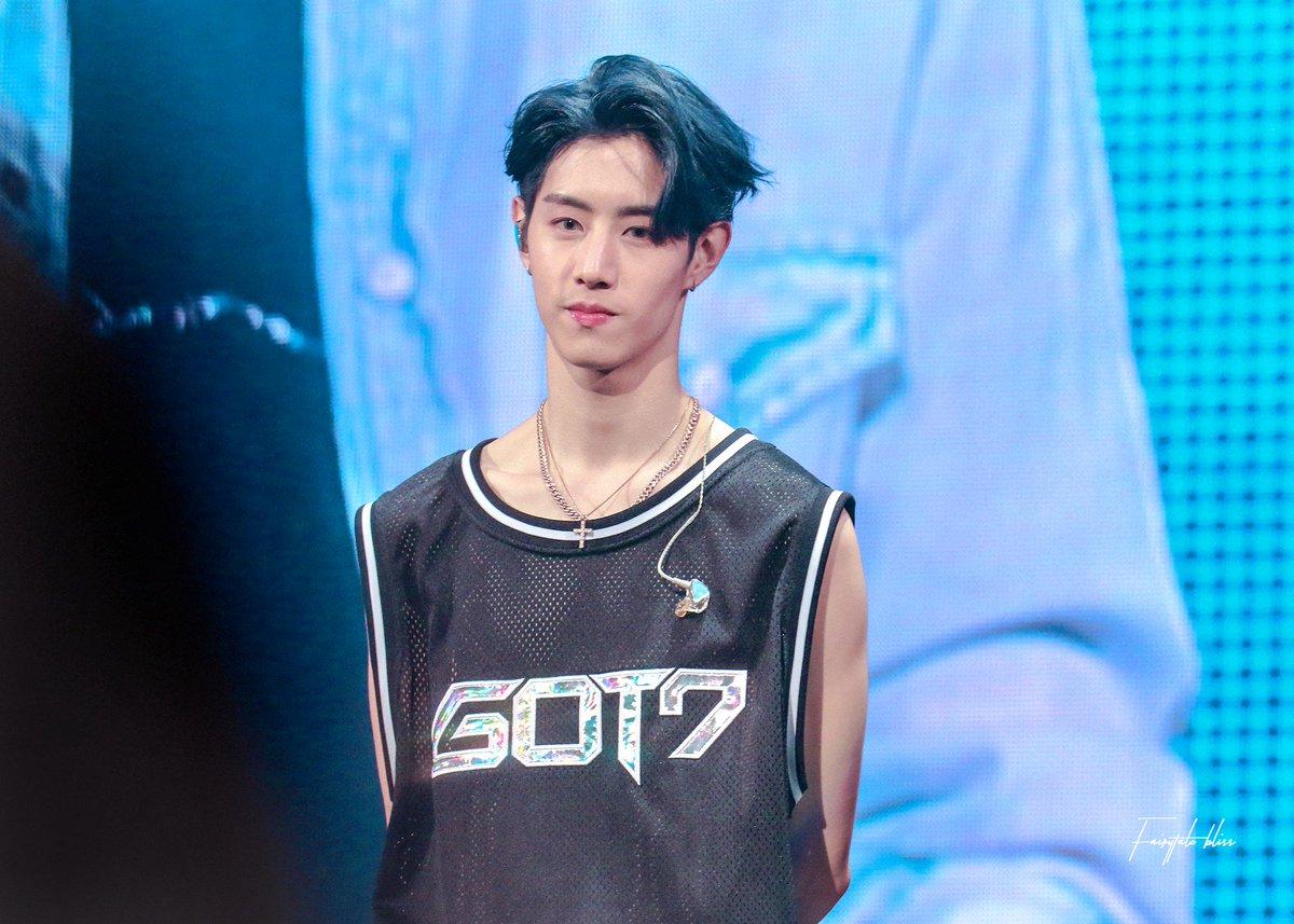 180505 in Seoul   wish that I could see your face.  so helpless when I&#39;m ocean aways   #MarkTuan #GOT7   #마크 #갓세븐  #GOT7WORLDTOUR  <br>http://pic.twitter.com/Cn8vKuoOCM