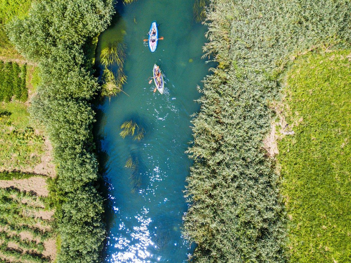 Canoa al fiume Tirino a Bussi sul Tirino #abruzzo #Bussi #pescara #abruzzo #travel #river #kajak #canoa #tirino #mountains #drone  - Ukustom