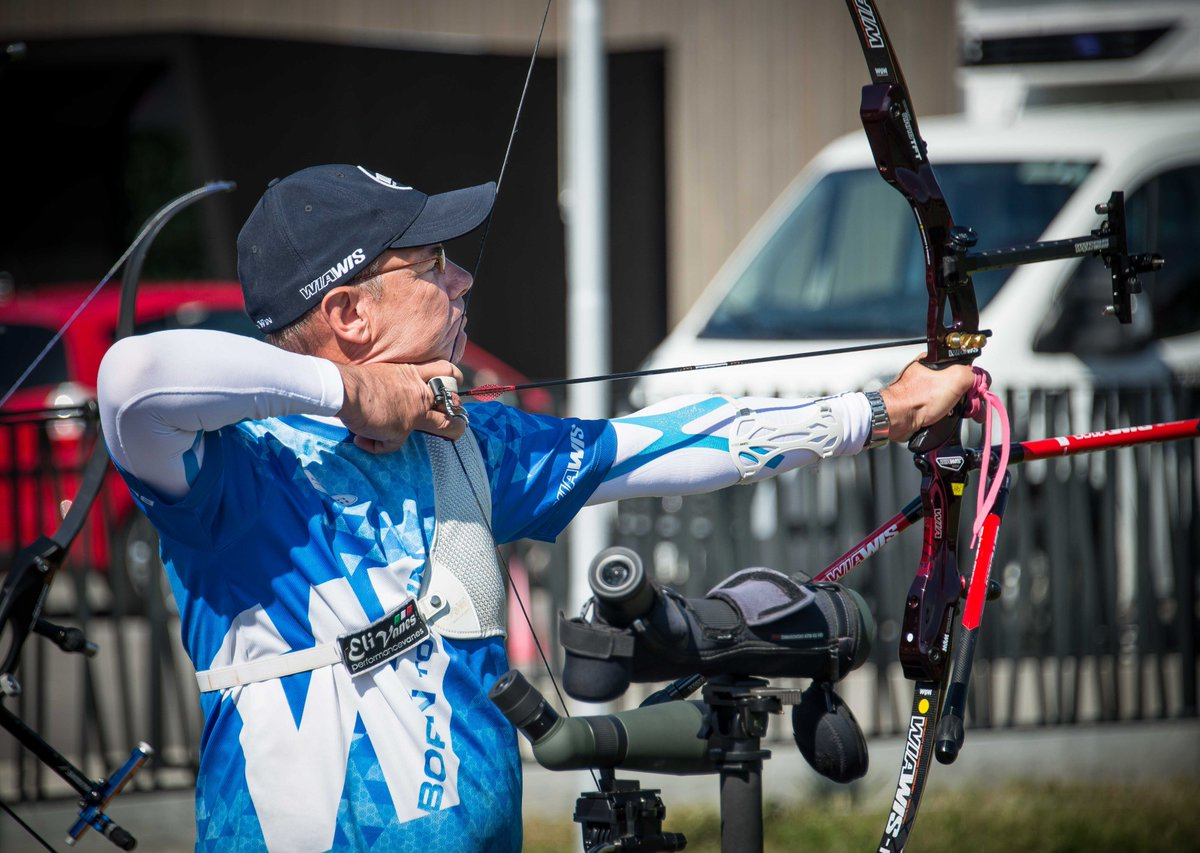 Recurve men's championship qualification currently being led at the break with 336/360 by Eric Libert, former French national team member and at age 57 still shooting at the very highest level in competition. #WAMC2018