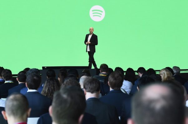 https://is.gd/lP9Kq8 - #Spotify vuole svoltare e tenta la collaborazione con #Samsung  - Ukustom