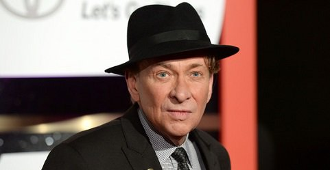 Happy Birthday to singer, songwriter and multi-instrumentalist Bobby Caldwell (born August 15, 1951).