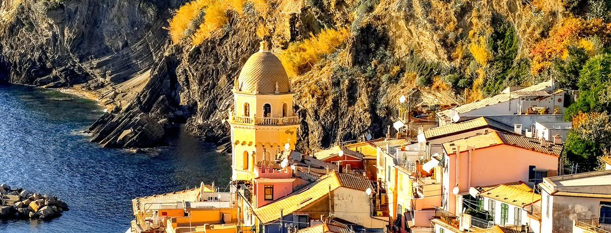 Not only is it breathtaking, but Cinque Terre is also known for its #food and fine #wines.  GO   https:// buff.ly/2KQlGtW  &nbsp;     #travel #CinqueTerre #ttot  #wanderlust #traveltips  #WednesdayWisdom<br>http://pic.twitter.com/BXviwp9voP