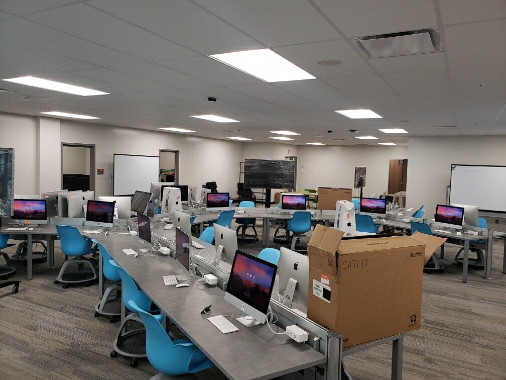 Wow! This new space for our Digital Design Lab is going to serve so many young talented students! Can't wait until they experience this! #excitement #TheNewDACC ⁦@DACCSupt⁩ ⁦@DelawareAreaCC⁩ ⁦@coachGdesign⁩<br>http://pic.twitter.com/Byw2DggDPr