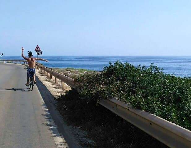 Mamma guarda come mi divertooo..#summer #bike #sea #seascape #holiday #igers #picoftheday #me #nofilter #igersitalia #l4l #photooftheday #salento #gallipoli https://ift.tt/2nGyOJ6  - Ukustom