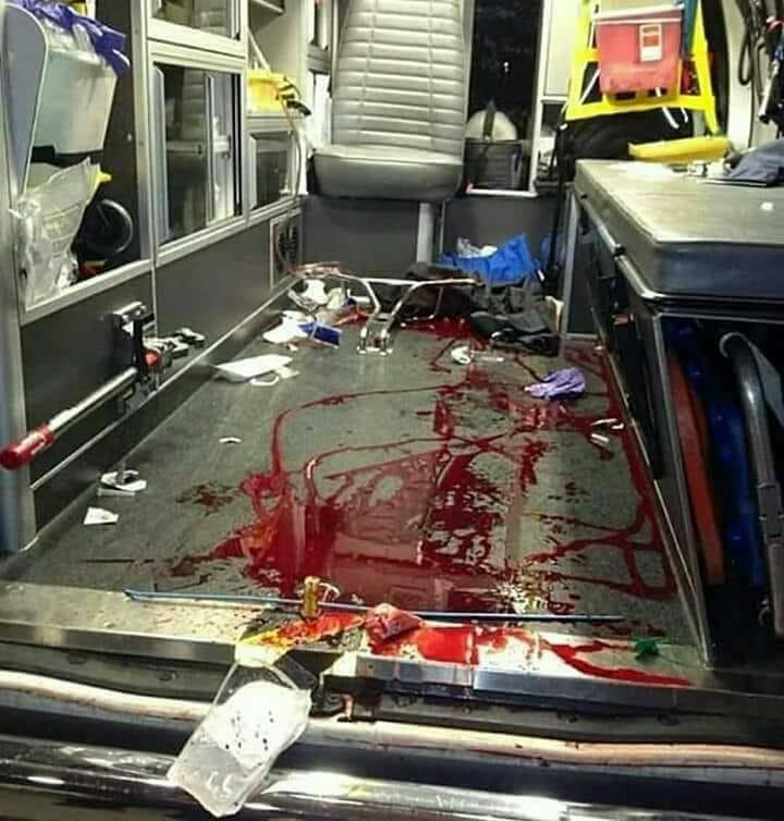 El día que comprendas lo que llegamos a ver y hacer en una ambulancia vas a darte cuenta de que si te pido PASO en un SEMÁFORO es por algo ...