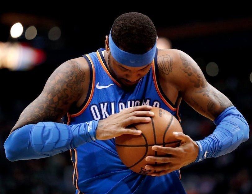 """#NBA #NBATipoPrima di gettarsi a capofitto dentro alla sua nuova avventura, stavolta in maglia Rockets, Carmelo Anthony ha scritto una lettera di saluto ad Oklahoma City.""""Grazie OKC...Lettera completa QUI  https:// www.instagram.com/p/Bmfqls5F2td/?utm_source=ig_share_sheet&igshid=1ipxvupaajgxa  - Ukustom"""