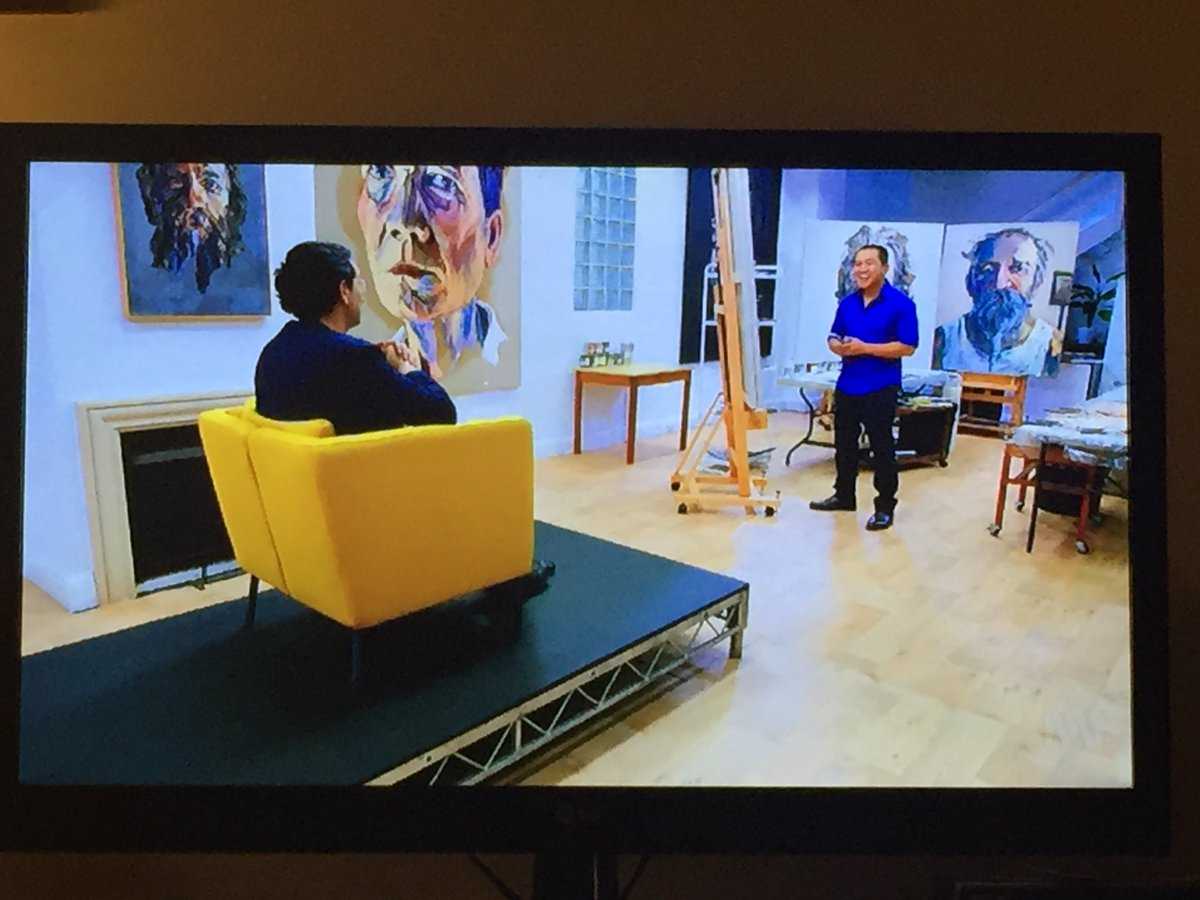 Two wonderful refugees.. Australia is lucky to have them! @ABCTV #AnhsBrushWithFame<br>http://pic.twitter.com/VRwI2nWmRk