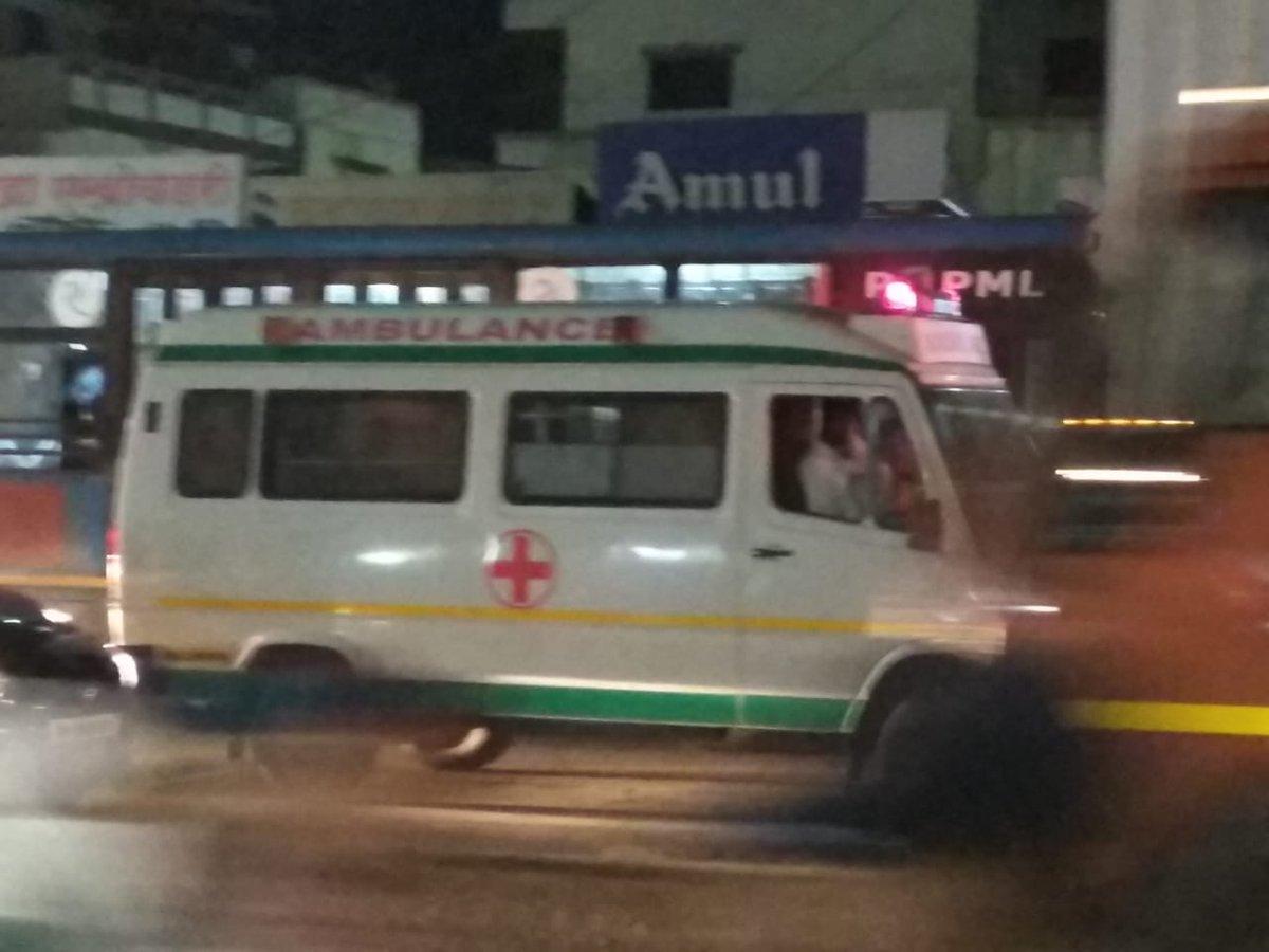 @Dev_Fadnavis #NoVikasNoVote #saveWagholi #2019Elections #shirur @MlaPacharne @GirishBapatBJP @nitin_gadkari @NITIAayog @AmitShahOffice @WagholiHSA  Yesterday&#39;s traffic, it&#39;s our life routine. Before travel we have to check google map. Even ambulance can&#39;t move an inch. <br>http://pic.twitter.com/fQPRW2flpf