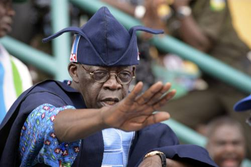 Tinubu To Obasanjo: Instead Of Criticising Buhari, &#39;Face Your Chicken And Egg Business&#39; | Sahara Reporters @AsiwajuTinubu @OOFoundation @MBuhari @APCNigeria  READ MORE:  http:// bit.ly/2OCiFzG  &nbsp;  <br>http://pic.twitter.com/s2T0Ir1TXF