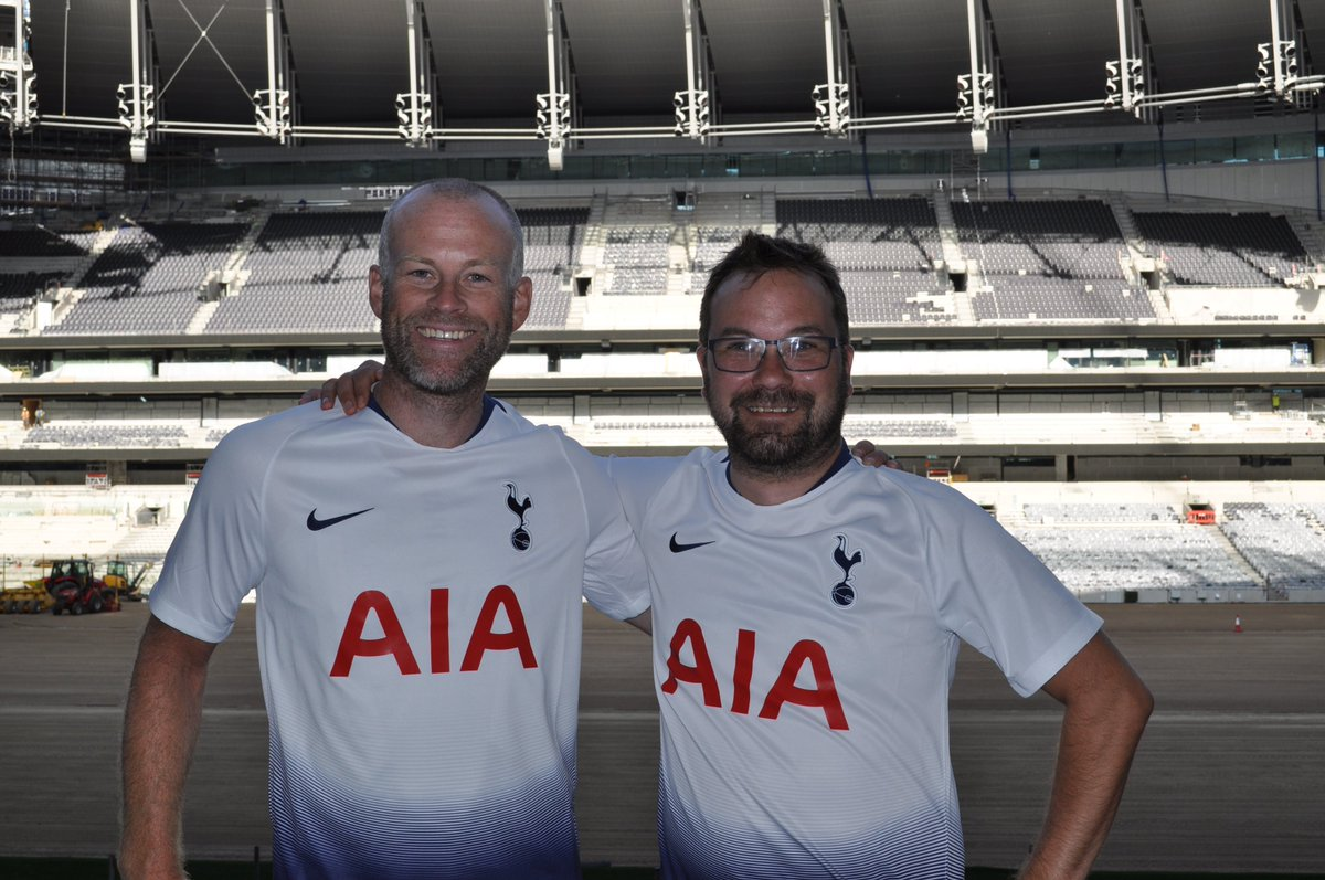 Martin Fjeld and Knut Einar Henriksen have cycled from Norway and Germany respectively, to Tottenham! 🚴‍♂️🚴‍♂️ The two Norwegian Spurs-fans arrived in N17 last week and was warmly greeted by @SpursOfficial with the new kit and a tour of the new stadium. What an experience!