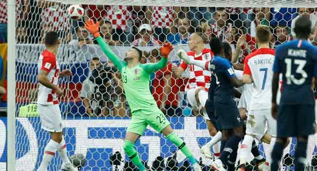 Croatia World Cup Keeper Subasic Retires.  http:// bit.ly/2nGtKnM  &nbsp;  <br>http://pic.twitter.com/llHjjpdqeb