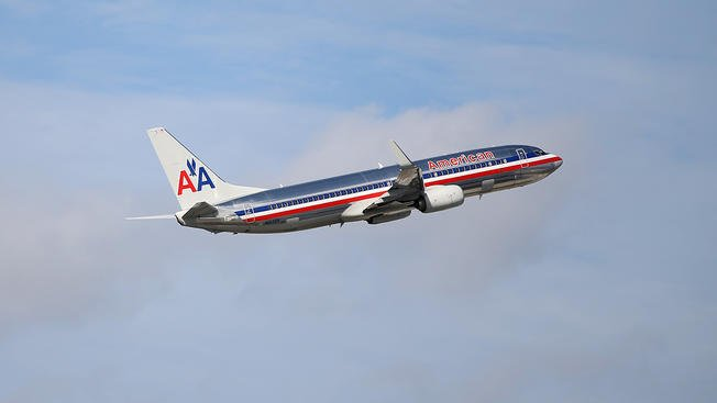 #BREAKING #Chicago-bound American Airlines flight forced to land amid mechanical issue https://t.co/gCmA74Ll5L
