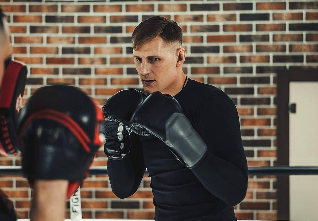 александр волков спортсмен фото