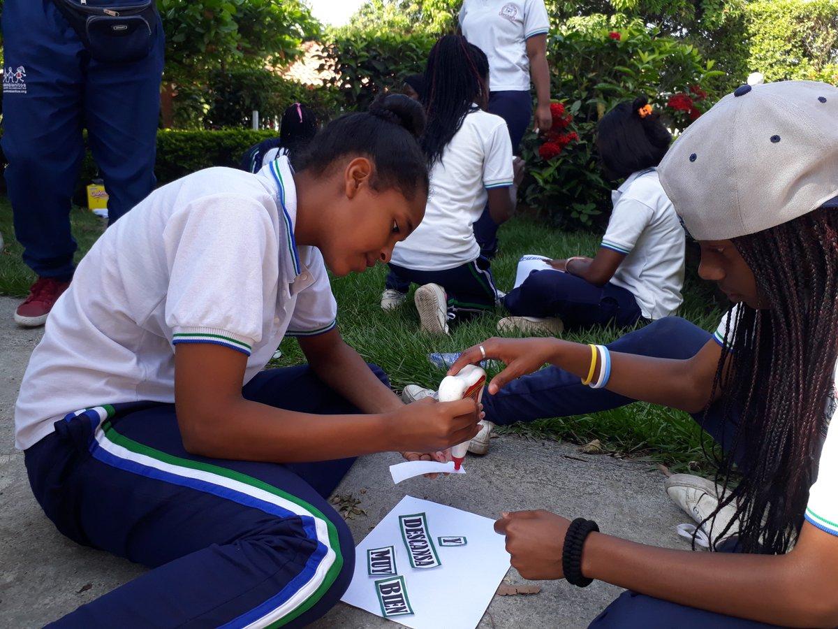 """test Twitter Media - A través de nuestra actividad """"Relevos de comunicación"""", los jóvenes de #PuertoTejada se prepararon para estar con buen ánimo para las pruebas del @ICFEScol la cuales realizaron el pasado domingo. #SaberEsDeTodos #EsperandoLosResultados https://t.co/RP9Y1mRp9X"""